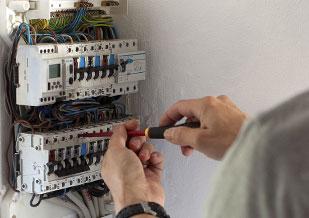 Elektriker arbejde udføres